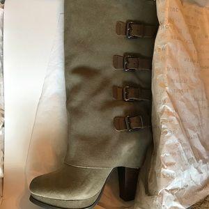 Report Monroe Boots